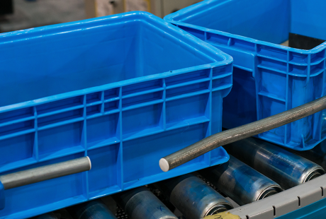 tote boxes in manufacturing production line